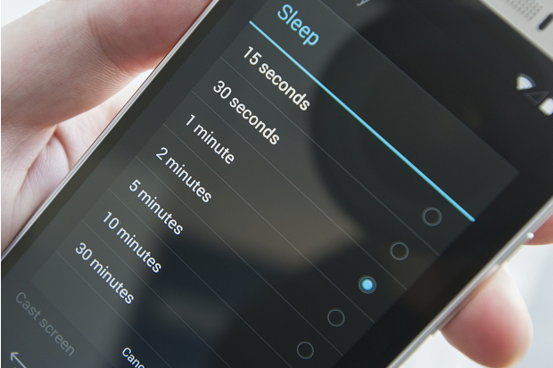 How to keep your Android phone's screen on longer