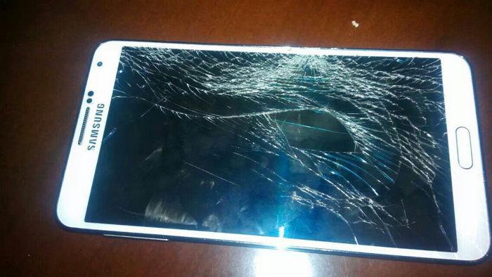 android broken screen