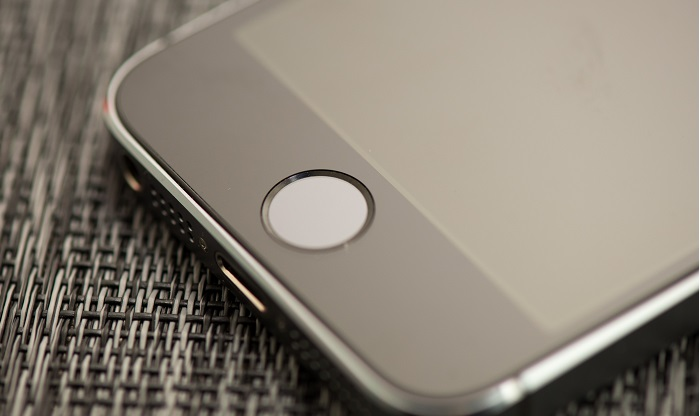 how to fix iphone when screen goes black